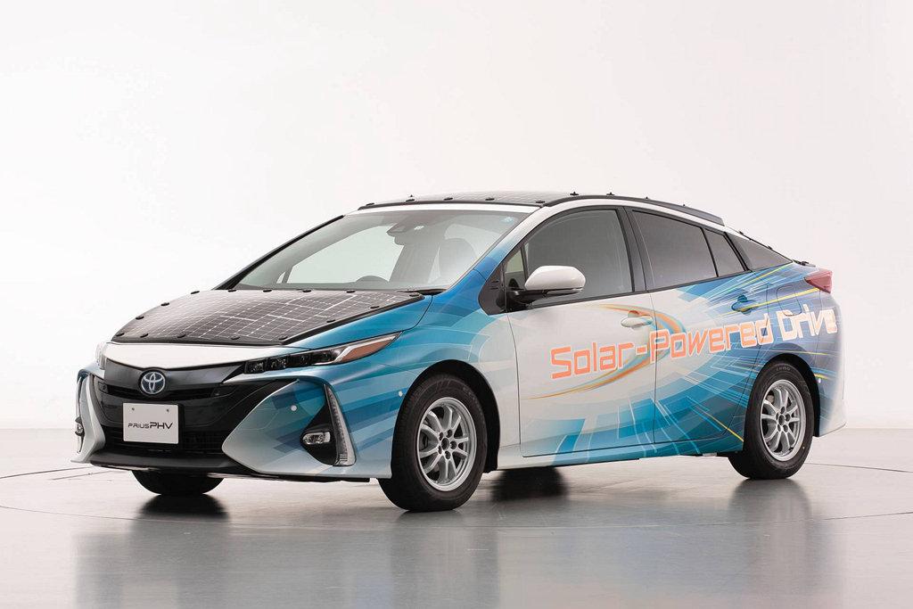 提升續航力的好方法?TOYOTA Prius PHV藉由更多的太陽能板加強能