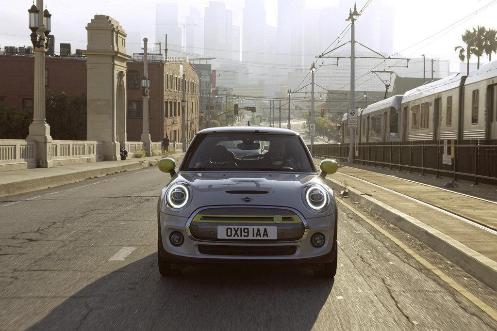 MINI全品牌電動化?BMW集團:2030年才是時機