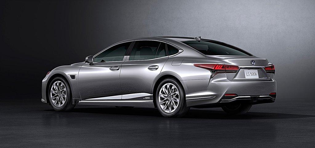 迎戰賓士全新S系列,LEXUS推出中期改款LS旗艦房車動力與性能大幅